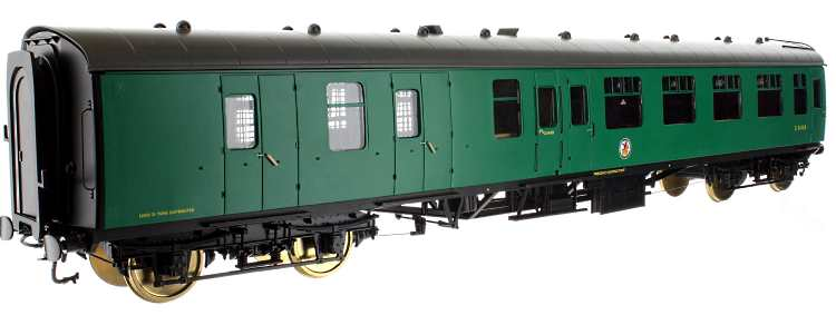 Southern green paint sample of Lionheart Trains O scale MK1 coaches